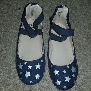 Kids dress shoes. Flats.